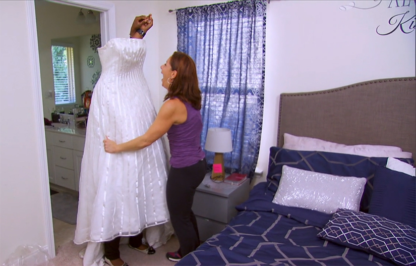 "On People, Shaun T says, ""Oh my god, please don't make her do that. We know she can't fit it!"": http://bit.ly/ep34recap"
